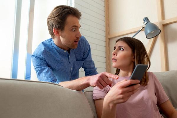 夫婦関係とSNSトラブル